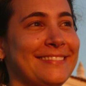 Foto do perfil de Elizabeth Caldas